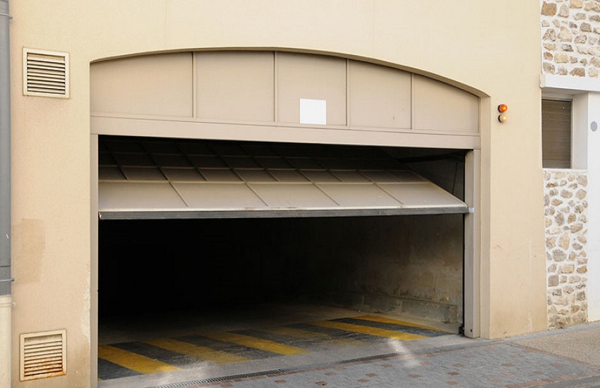 Garage Door Repair Services in Gardena